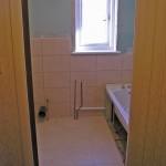 M Bathroom 4